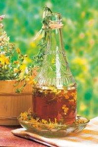 17072_stock-photo-herbal-medicine-hypericum-shutterstock_34806475_if
