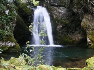 Vodopad-Mrtvica-Visnje